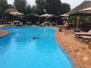 Outdoor-Pool-5