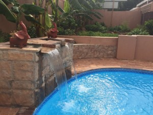 Outdoor-Pool-Fountain